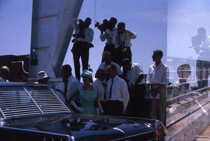 1963-03-17 Royal Tour Queen with the Press on the Ord River Diversion Dam - KHS-2011-31-125-4.57-P2-D